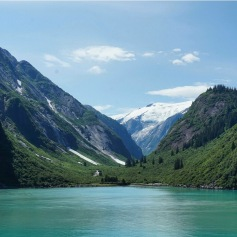 The picturesque Tracy Arm Fjord